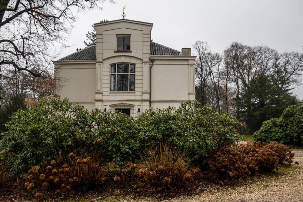 Inge Pfeil, Huis Te Schengen