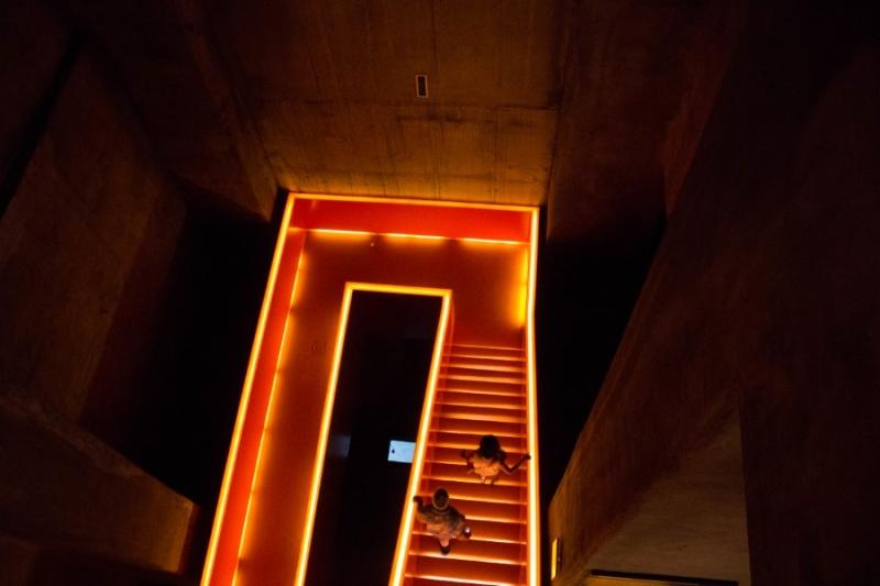 Fotograaf: Astrid Sanders 'Een gloeiende trap van Rem Koolhaas'