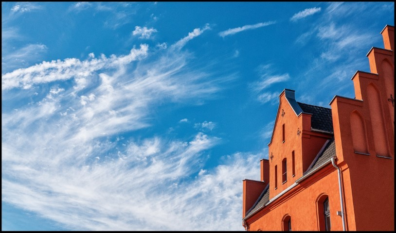 Gevel-blauwe-lucht-Westerwald#, Jeroen Hoogakker#
